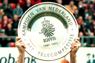 Kampioensschaal 1998.jpg
