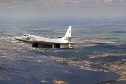 Tupolev Tu-160 RF-94109.jpg