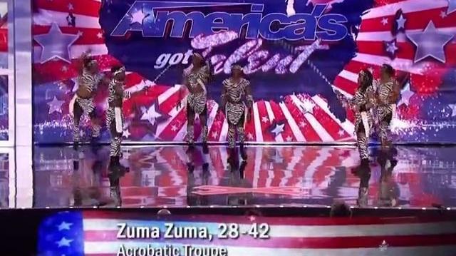 Anita_McCoy_&_Zuma_Zuma_~_America's_Got_Talent_2011,_Seattle_Auditions