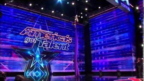America's_Got_Talent_2014_Laura_Dasi_Auditions_4