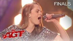 """Country Singer Kenadi Dodds SHINES With """"Love Wins"""" by Carrie Underwood - America's Got Talent 2020"""