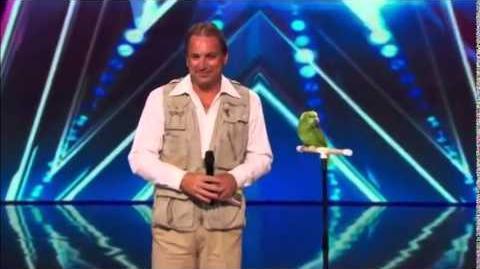 America's_Got_Talent_2014_Joe_The_Bird_Man_&_Tika_Auditions_6