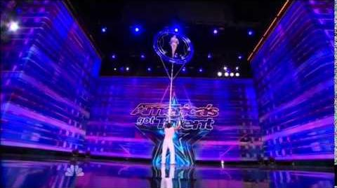 America's_Got_Talent_2014_Valo_&_Bobby_Auditions_5
