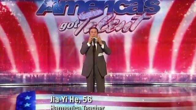 Successful_~_America's_Got_Talent_2010,_auditions_NY_Day1