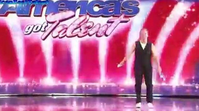 Nick_Pike,_30_~_America's_Got_Talent_2010,_auditions_Orlando-0
