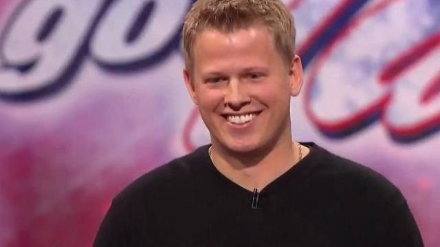 Rick_Smith_Jr,_29_~_America's_Got_Talent_2010,_Final_Auditions
