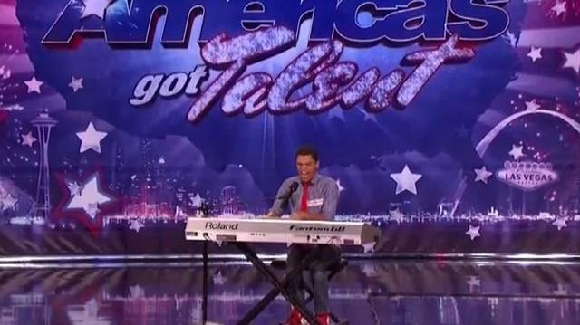 Daniel_Joseph_Baker,_19_~_America's_Got_Talent_2011,_Houston_Auditions-0