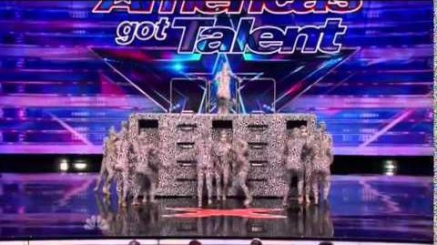 America's_Got_Talent_2014_Hart_Dance_Team_Auditions_3