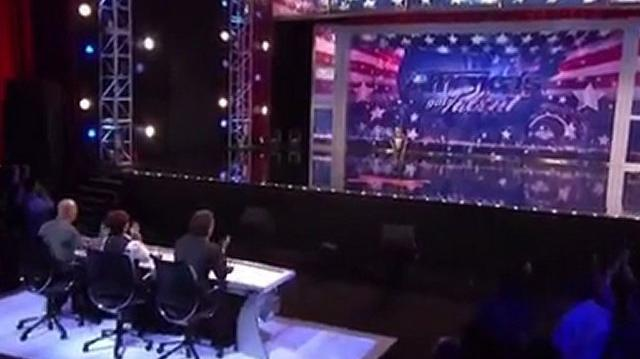 Lil'T_Tanner_Edwards,_6_~_America's_Got_Talent_2011,_Houston_Auditions-0