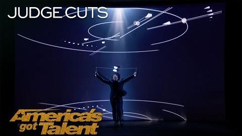 Mochi Fantastic Diabolo Performer Interacts With Cool Projection - America's Got Talent 2018