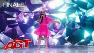 """Roberta Battaglia WOWS The Judges With """"Scars to Your Beautiful"""" - America's Got Talent 2020"""