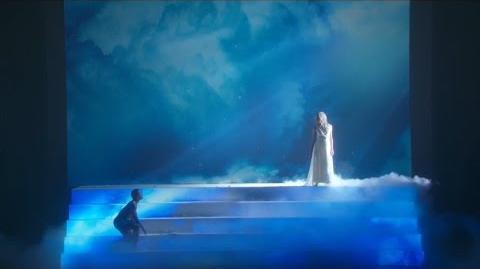 America's Got Talent 2015 S10E19 Live Shows - Freelusion Mixed Media Dance Duo