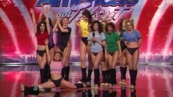 Spanglesdancecompany.jpg