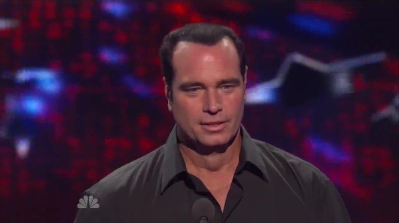 Illusionist Brett Daniels