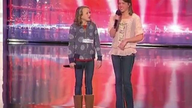 Christina_and_Ali,_13,_20_~_America's_Got_Talent_2010,_auditions_Portland_Day2