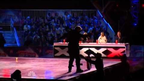 America's Got Talent 2015 Wally Glenn Auditions 4