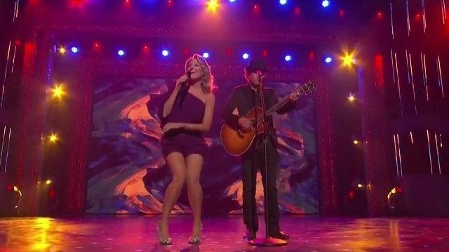 Jewel perform a duet with Michael Grimm on America's Got Talent FINALE-0