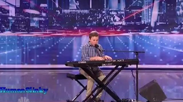 Successful,_Austin_Auditions_~_America's_Got_Talent_2012-0