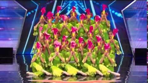 America's_Got_Talent_2014_Jasmine_Flower_Group_Auditions_3