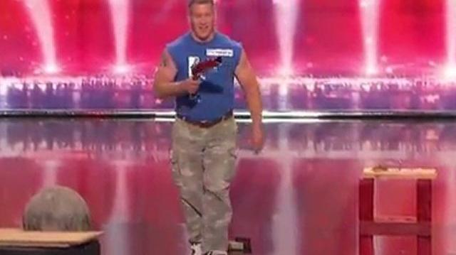 John_Beatty,_43_~_America's_Got_Talent_2010,_auditions_Chicago-0