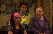 Eugenia, Macu y Luisma