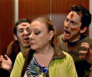 Luisma y Jonathan intentando asustar a Eugenia