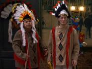 Machupichu y Néstor vestidos de indios