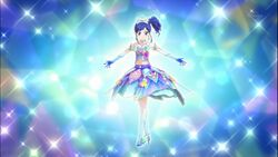 Aoi-kaleido-mirror-coord pose.jpg