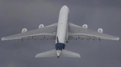 Unbelievable Airbus A380 vertical Take-off + Amazing Air Show ( HD ) Paris Air show 2013