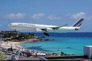 Airbus a340-2000000000000