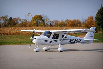 Cessna-162.jpg