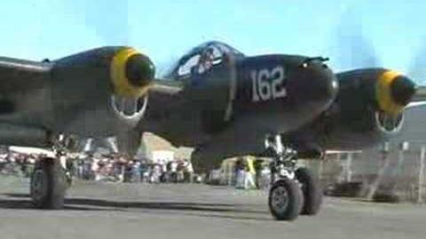 Lockheed P-38 Lightning Flight Demonstration - Up Close !