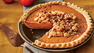 Persimmon pie with pecan streusel 2540501 pieso 464