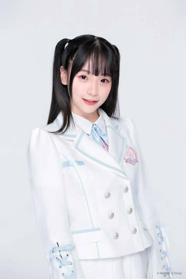 Chen YiXin (AKB48 China)
