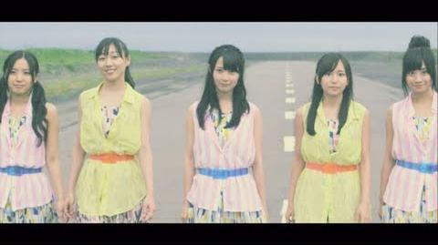 2013_7_17_on_sale_12th.Single_2人だけのパレード_MV(special_edit_ver.)