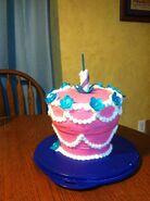 900 466133hnEm unbirthday-cake