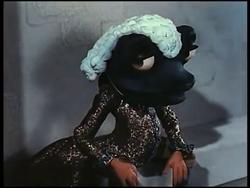 FrogFootman1949-3.png