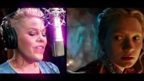 Alicia a través del espejo Tras las cámaras con P!NK - Disney oficial HD