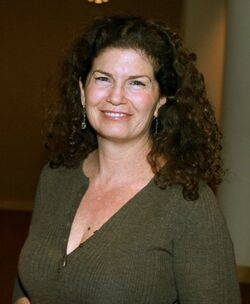 Jenette Goldstein.jpg