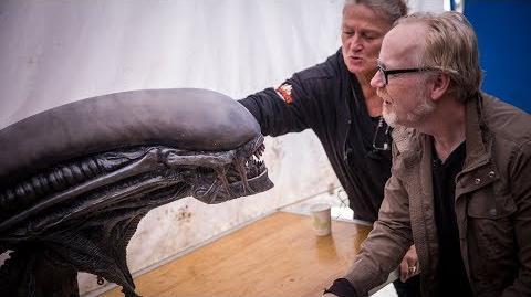 Adam Savage Meets Alien Covenant's Xenomorph Animatronic!