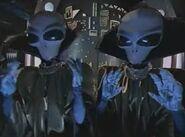 Aliens-MenInWhite