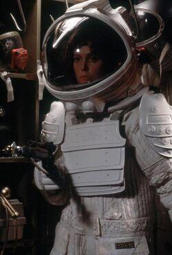Alien-space-suit-ripley.jpg