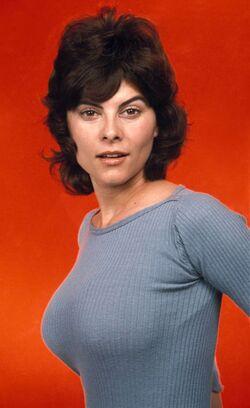 Carol Traynor - Maude.jpg