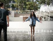 Life Goes On 2x08 03 Asher Olivia