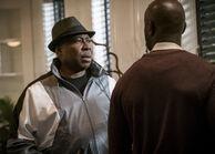 Legacy 1x13 09 Willie Coach Baker