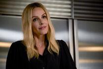 Never No More 2x03 14 Laura