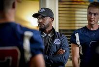 Legacy 1x13 03 Coach Baker