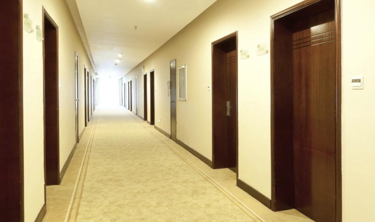 The random hallways