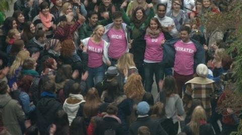 """Heiratsantrag AWZ-Flashmob war für """"Ben"""" die Ober-Katastrophe"""