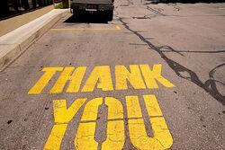 Utcai felirat, az elismerés jele